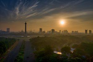 Jakarta (Indonesia) claimed 90 deaths yet had 1400 burials (Tom Fisk)